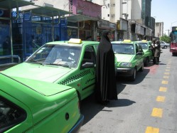 اولین تاکسی بانوان